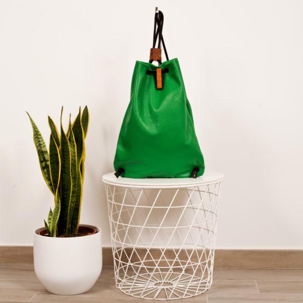 Zaino in pelle verde prato- cinzia rossi