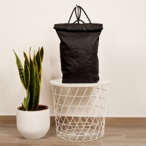 Roll top backpack in black leather - Cinzia Rossi
